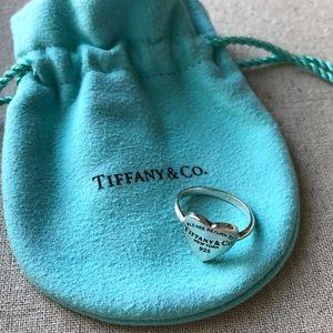 Tiffany & Co. silver heart ring